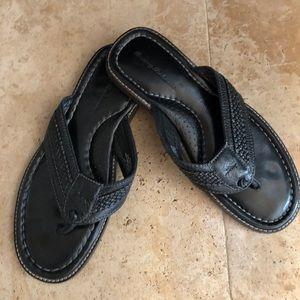 Sale Men's Tommy Bahama Black leather sandals SZ10